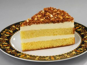 toasted-almond-cake